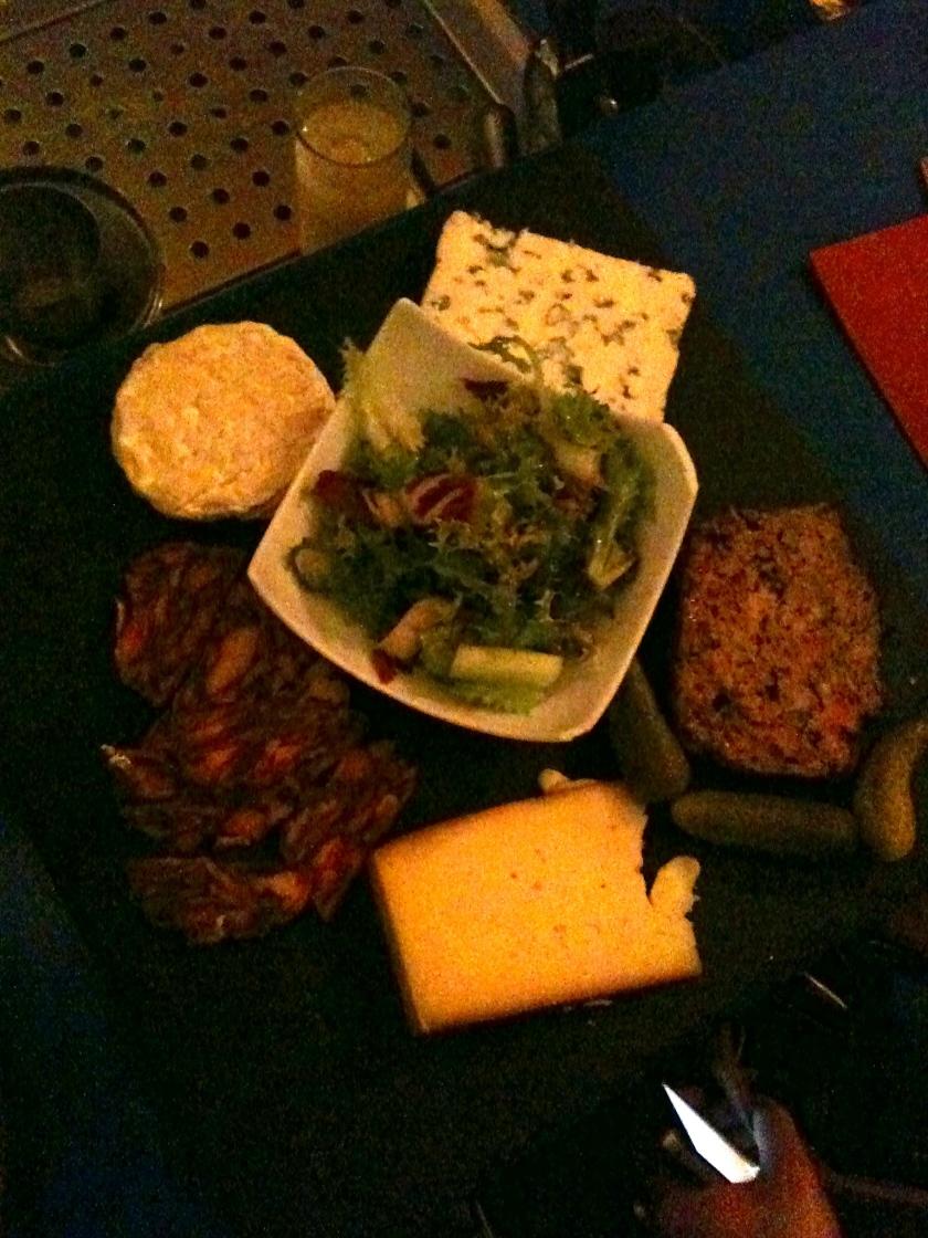 36 Corneil planche de fromages - ©Pascaline Lechene - pilierdebuffet