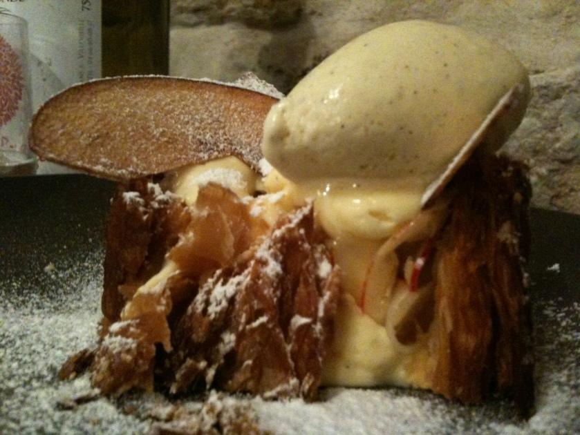 Abri - dessert feuilleté pomme vanille - ©Pascaline Lechène pour pilierdebuffet