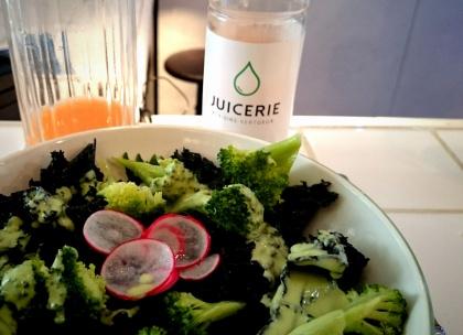 Juicerie-salade gros plan